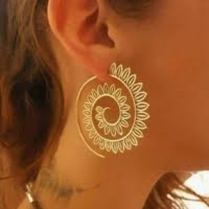 Spiral Fashion Earring